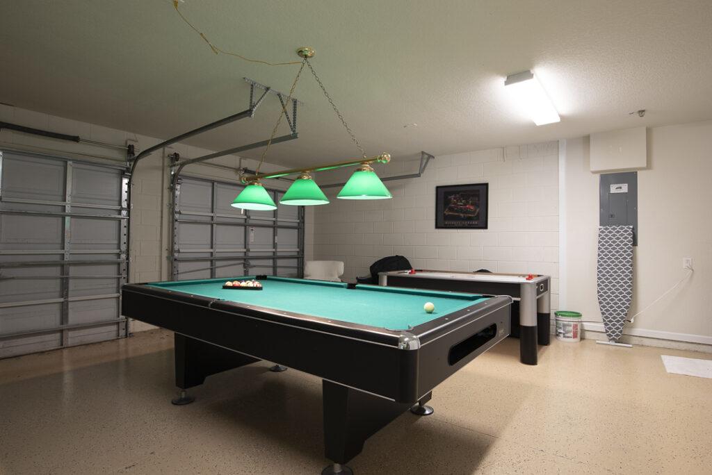 Ugly garage photo
